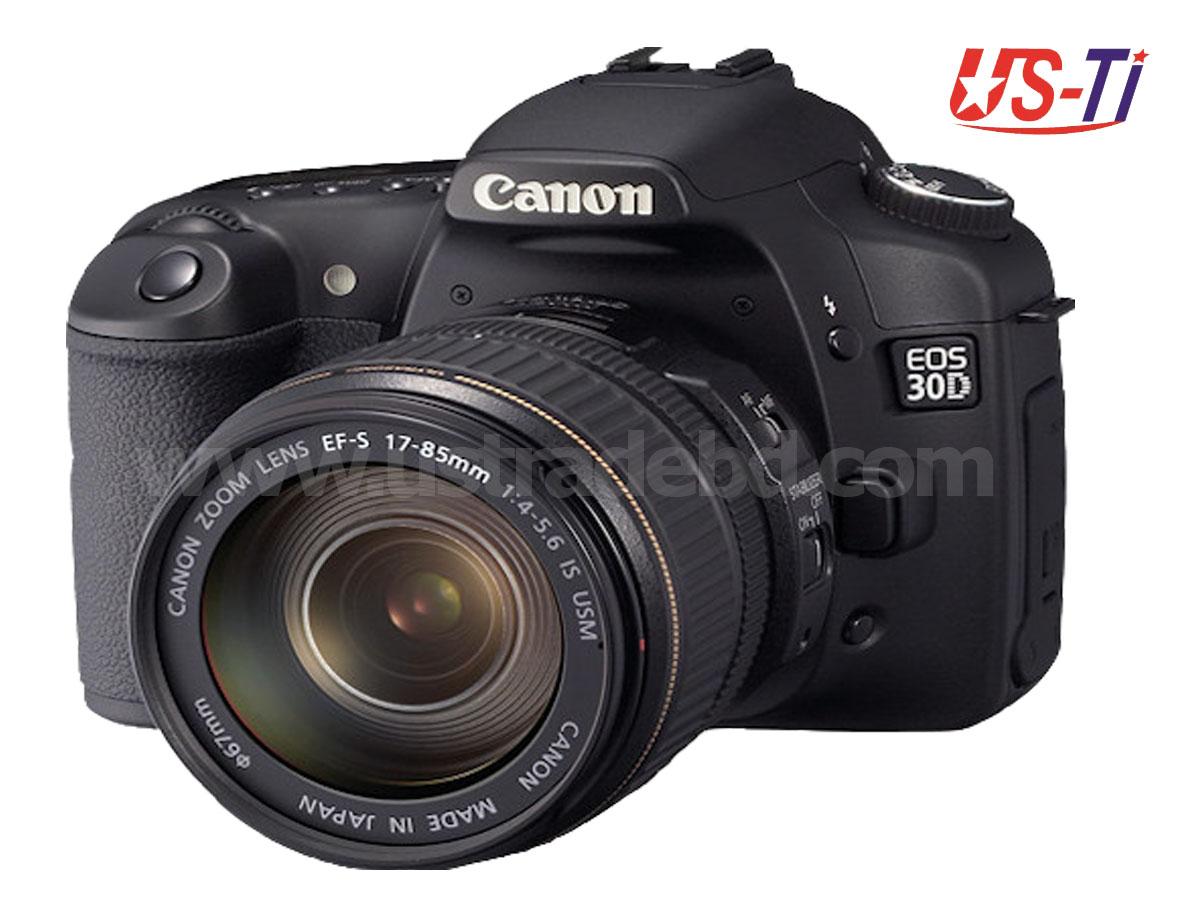Canon EOS 30D DSLR camera